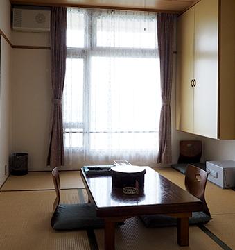 和室/ 8畳と6畳の2タイプ