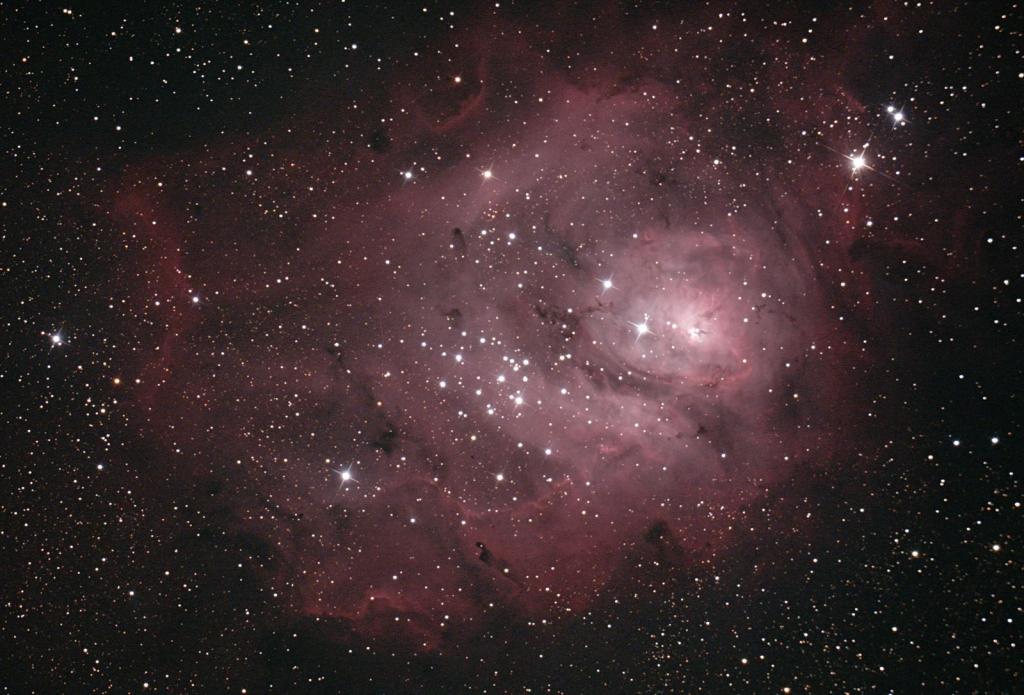 いて座干潟星雲M8