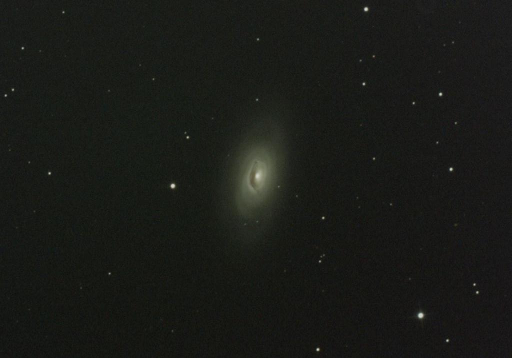 かみのけ座黒眼銀河M64