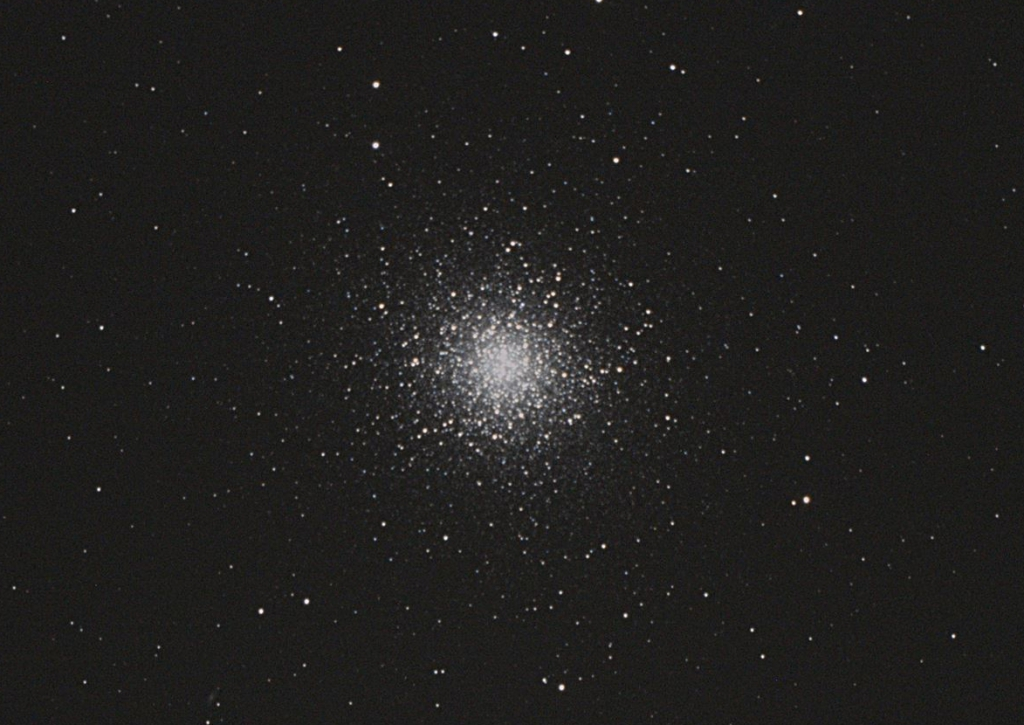 ヘルクレス座大球状星団M13