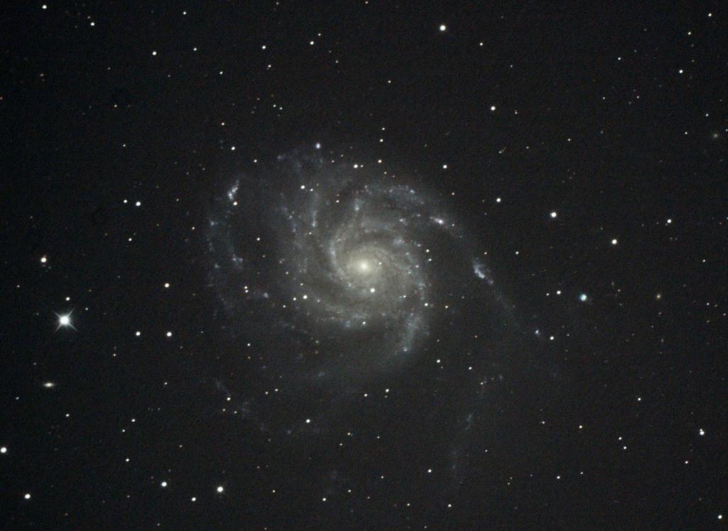 おおぐま座回転花火銀河M101