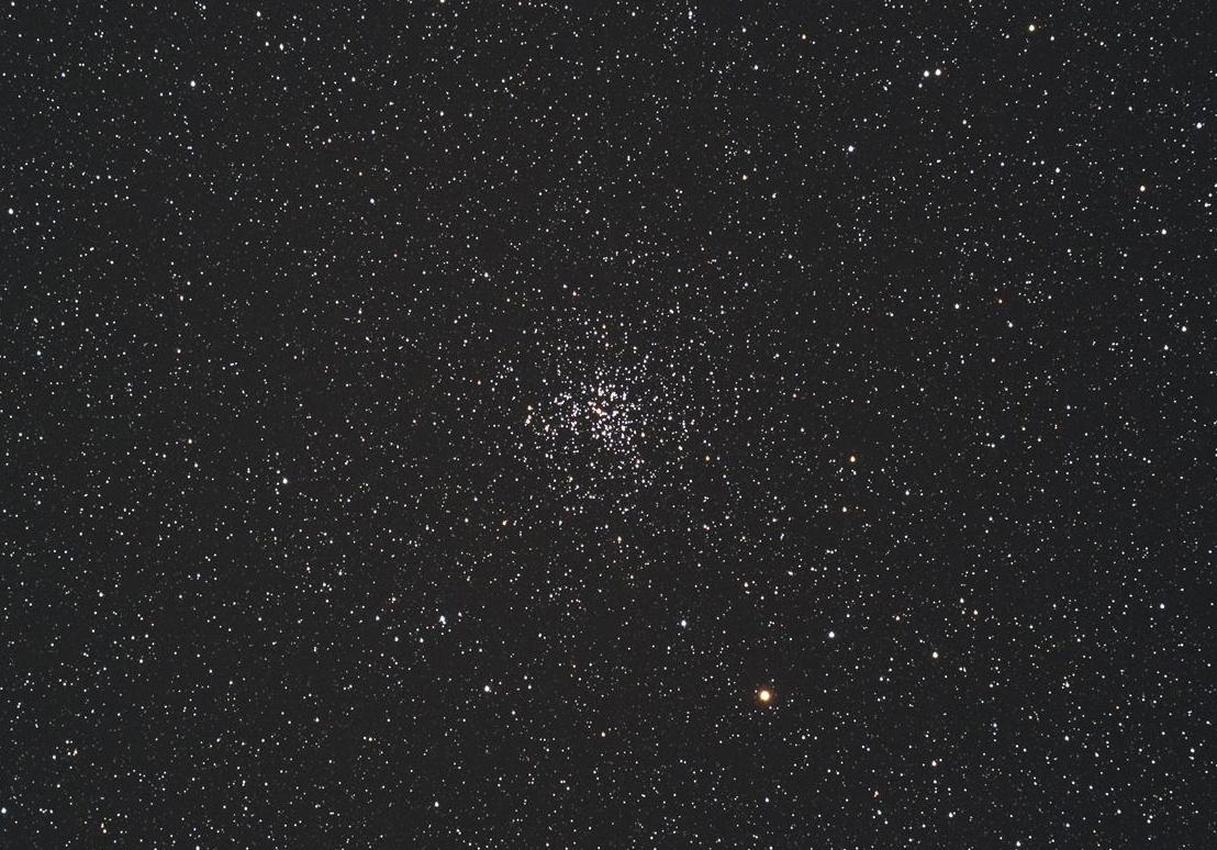 ぎょしゃ座散開星団M37