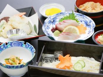 素麺セット(刺身付き)